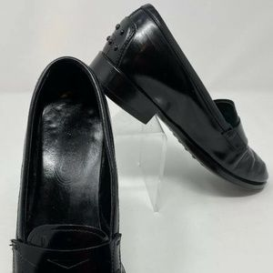 TODS Women's Sz 7.5 Black Leather Slip On Loafers
